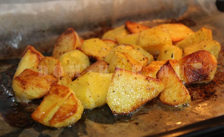 как без проблем запечь картофель в духовке с корочкой
