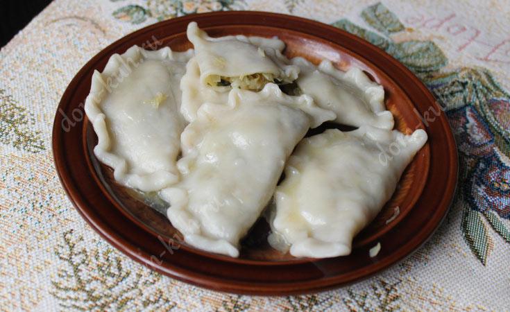 Рецепт вареников с капустой и базиликом